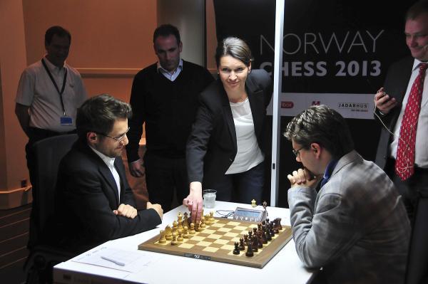 Aronian vs Hammer