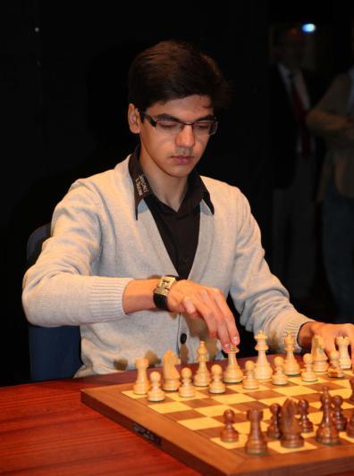 Anish Giri, ganador en León 2013
