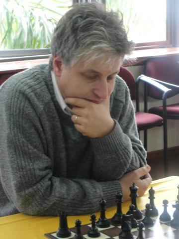 Roberto Servat