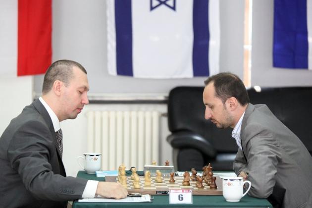 Dos luchadores: Kamsky y Topalov