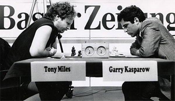 Kasparov vs Miles