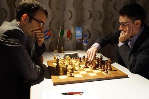 Gran triunfo de Dominguez ante Caruana