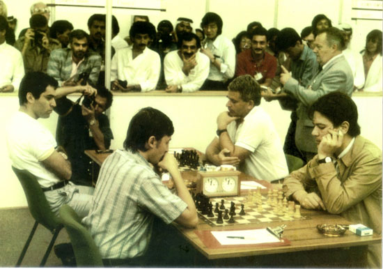 Dubai 1986: Francia vs URSS - Kasparov vs Spassky, Haik vs Karpov