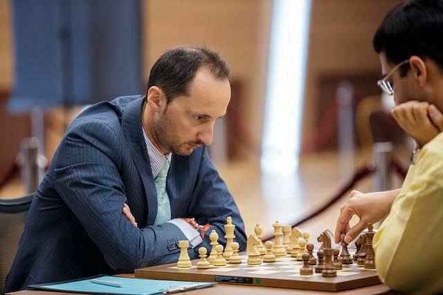 Topalov luchó hasta el final pero Anand logró empatar