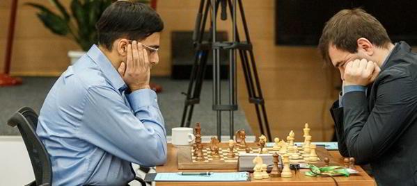 Anand vs Mamedyarov- Segunda victoria de Vishy y líder en solitario