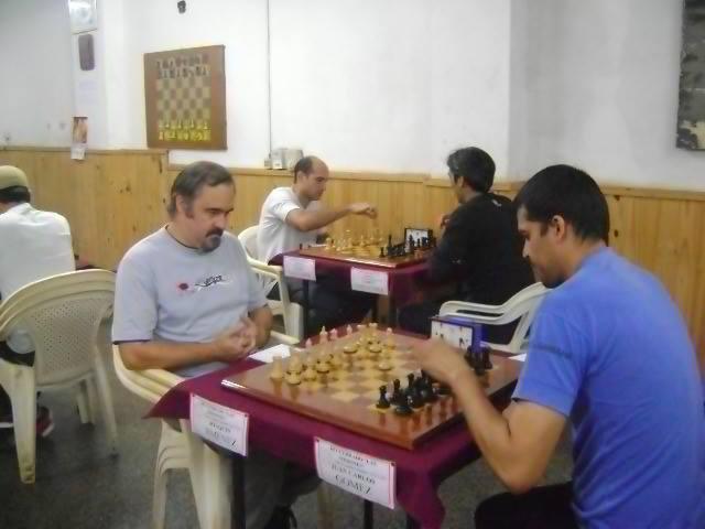 Jimenez (blancas) vs Gomez (negras)