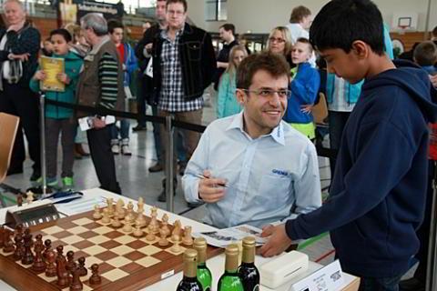 Levon Aronian ganó las 2 últimas rondas y llevó a su equipo al campeonato