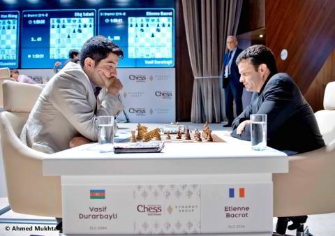 Durarbayli vs Bacrot, en el Grupo B