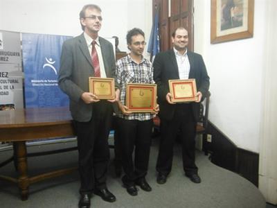 Roselli (3ro), Lopez (1ro), Larrea (2do)