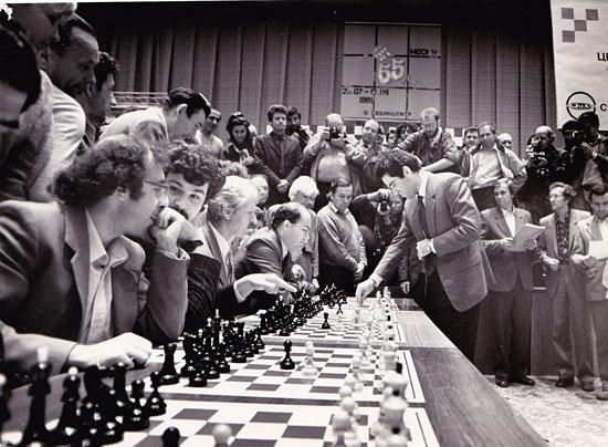 Simultáneas de Kasparov durante un día de descanso del Cto de la URSS 1988