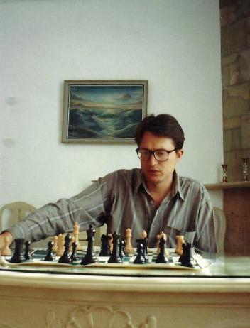 El GM Marcel Sisniega