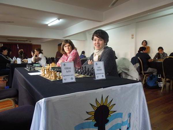 El equipo de San Isidro, con Ayelén Martínez y Denise Carraro