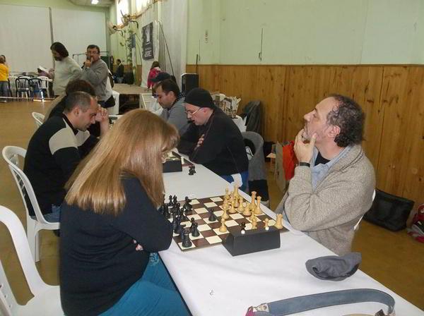 Dos de los mejores exponentes del ajedrez cordobés: Liliana Burijovich vs Guillermo Soppe