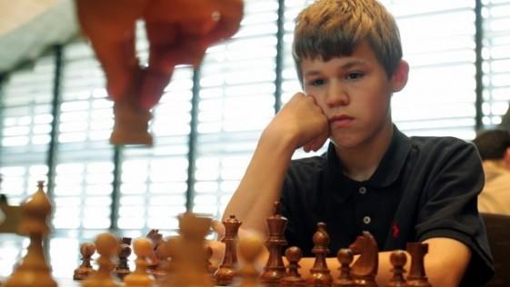 Carlsen-nene-139253_561x316