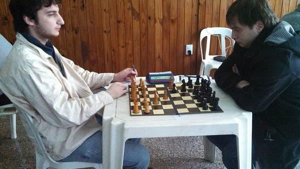 Rafael Miranda (Las Flores) vs el MI J.Blit