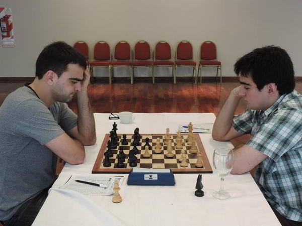 Perez Ponsa (blancas) contra Villanueva