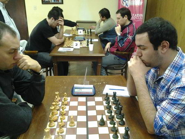 Nahuel Diaz vs Kevin Paveto, en la última ronda Foto: AF Juan Huergo