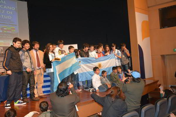 Argentinos_sudamericano2014