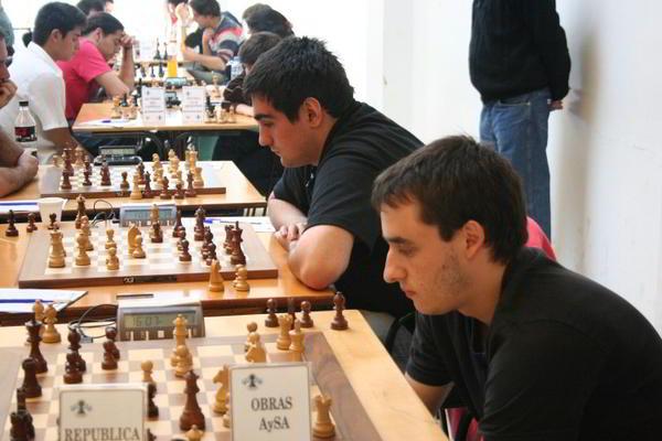 Obras Aysa, con el GM Federico Perez Ponsa y el MI Leandro Krysa