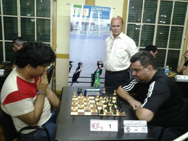 Gaitán vs Rodriguez, observa el árbitro Juan Huergo