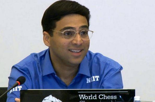 Anand feliz tras su 1er victoria ante Carlsen en 4 años