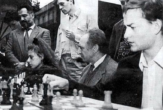 Salov-en-Buenos-Aires-1994,-con-Polugaevsky,-J