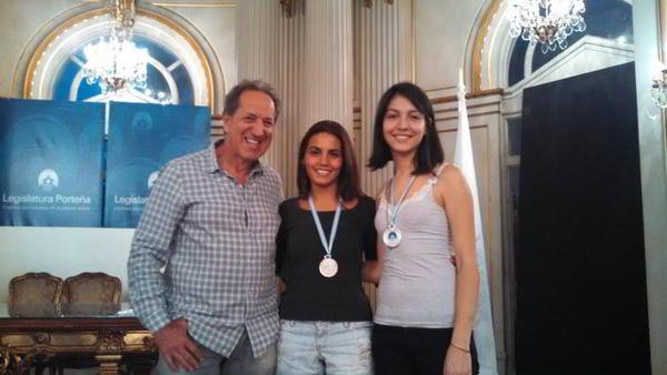El presidente de FADA junto a Antonella Benedetti y Betania Lozano