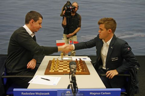 Wojtaczek derrotó al campeón del mundo Magnus Carlsen