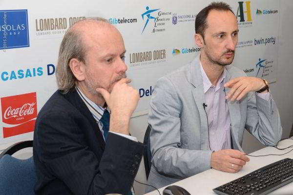 Stuart Conquest y Veselin Topalov