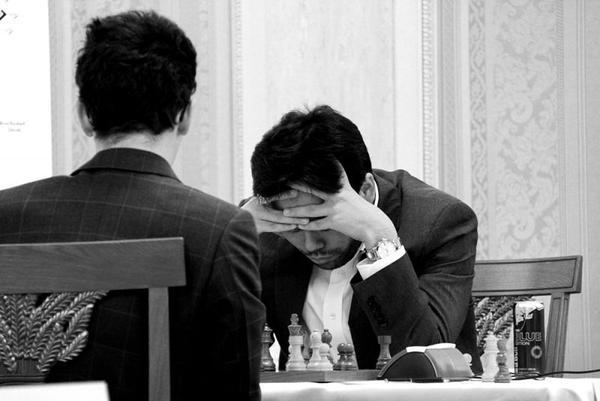 Nakamura pensando ante Caruana