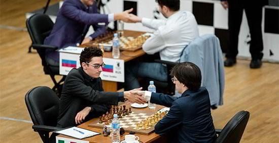 Khanty-Mansiysk R4: sólo Caruana suma 1