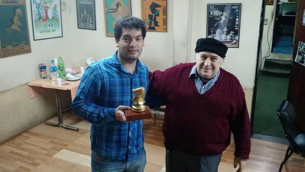 El GM Sandro Mareco junto a Juan Angel Mas