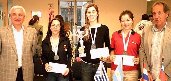 Luján gana el Zonal Femenino 2.5