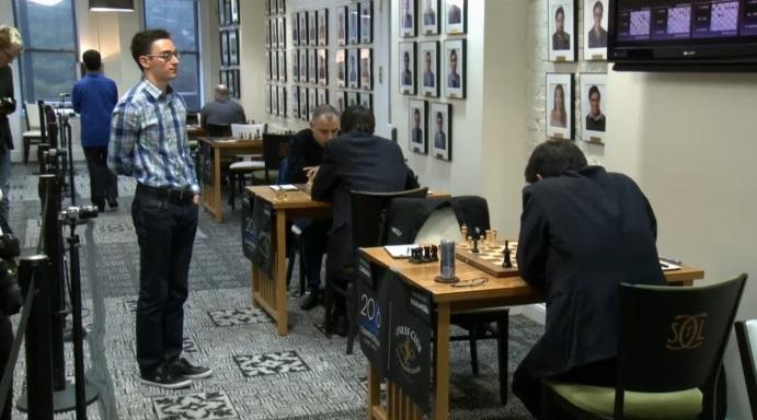 Caruana vence a Nakamura