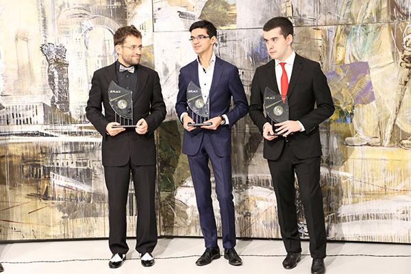 Aronian, Giri y Nepomniatchi