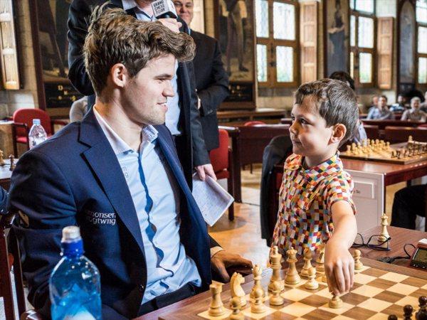 Magnus Carlsen, campeón en Lovaina